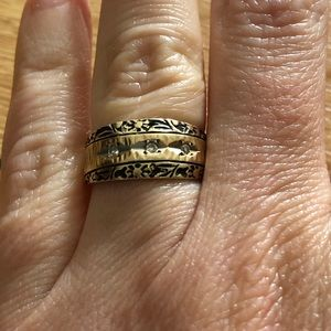 Jewelry - Vintage 1970s 14 karat gold & diamond wedding band